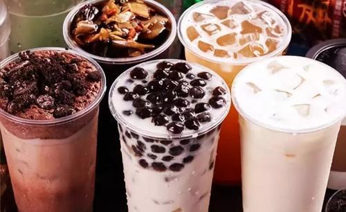 在城市采用苏打税后费城的含糖饮料销售额下降了38%