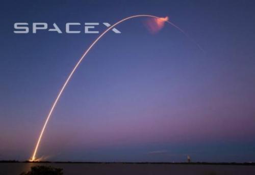 观看SpaceX发射其大规模Starlink互联网星座的前60颗卫星