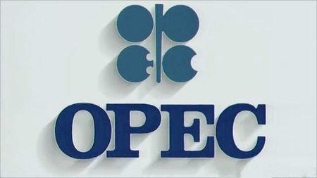 尽管紧张局势和供应减少原油仍然无处可去