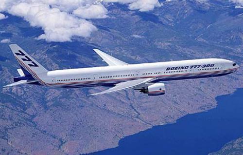 """波音首席执行官表示其737 Max飞机的安全返回是""""最重要的"""""""