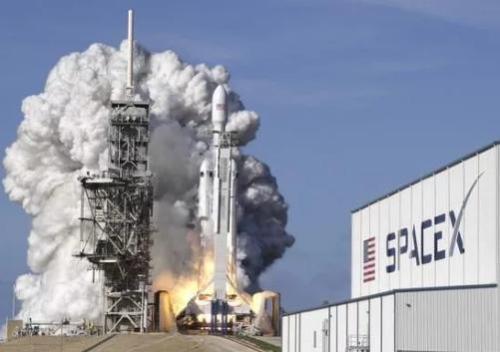 SpaceX的火箭工程师正在筹集相当于'pi'的资金--31115万美元