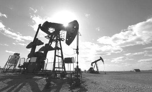 普京表示俄罗斯和沙特阿拉伯同意维持长达9个月的石油减产