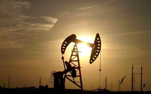 由于欧佩克延长石油减产 美国石油价格上涨1.1%