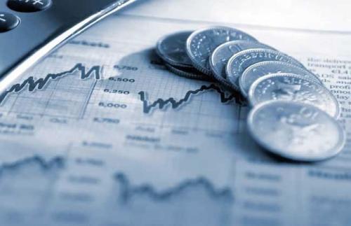 公司债券市场看到资本流向风险较低的报纸