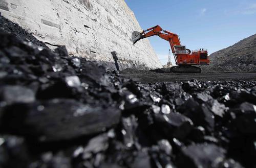 COLUMN-Japan显示了煤炭的困境:现在需要更多 未来需要更少