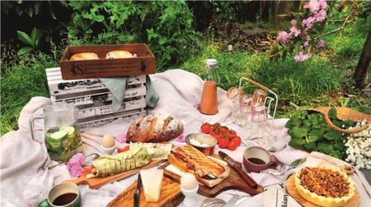 伊顿镇专栏:七月四日野餐成功