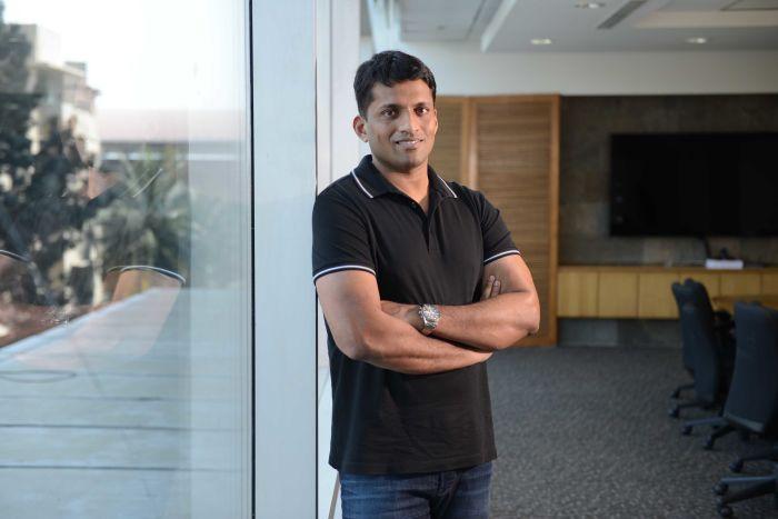 印度是最新的亿万富翁 一位37岁的前任老师