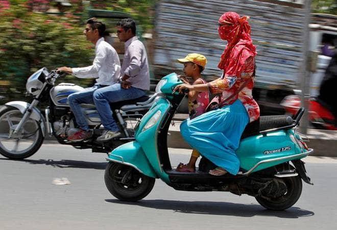 Rajya Sabha清除汽车法案 检查各种交通违规行为的处罚情况