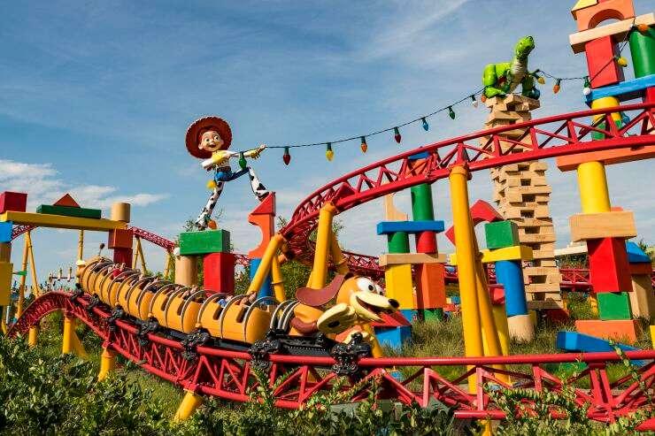 迪士尼首席执行官如何重振美国标志性品牌