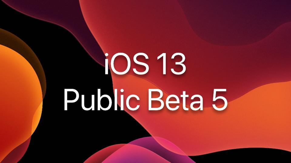 使用iOS 13 Public Beta 5在单按中激活暗模式