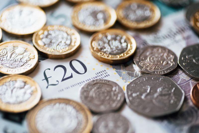 英国工资自2008年以来以最快的速度增长 但失业率也在上升