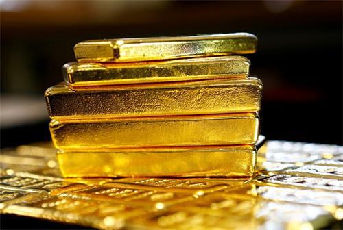 随着经济衰退的担忧黄金陷入困境 投资者寻求安全