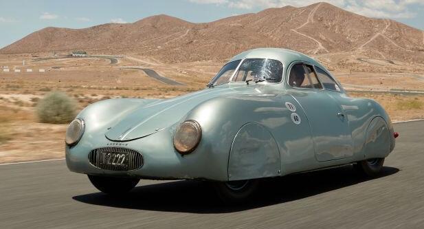 苏富比以2000万美元的价格拍卖世界上第一辆保时捷 但该汽车制造商称这不是保时捷