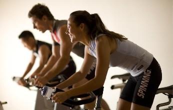 健身支出高涨 但经济衰退可能首先打击精品品牌