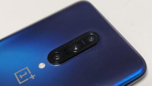 新的OnePlus 7T Pro泄漏揭示了积极的未来
