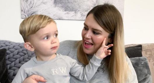你会让你的孩子成为小孩影响者吗