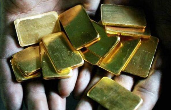 黄金价格在印度首次达到每10克40000卢比