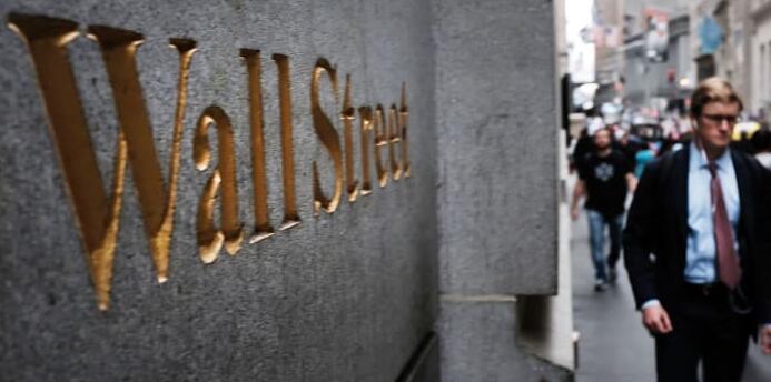 Jim Cramer所说的关于疯狂货币股票市场的一切 包括一大差异