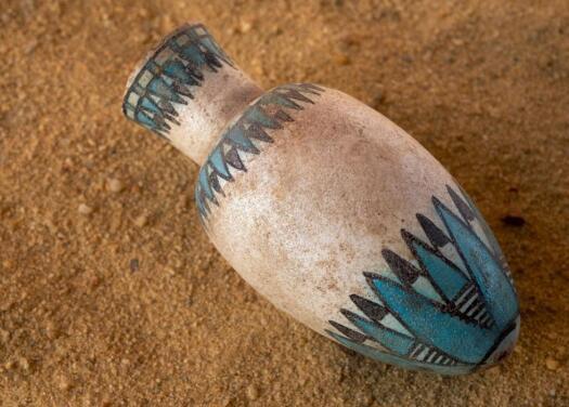 品尝历史 用古埃及陶器烘焙了4500年历史的面包