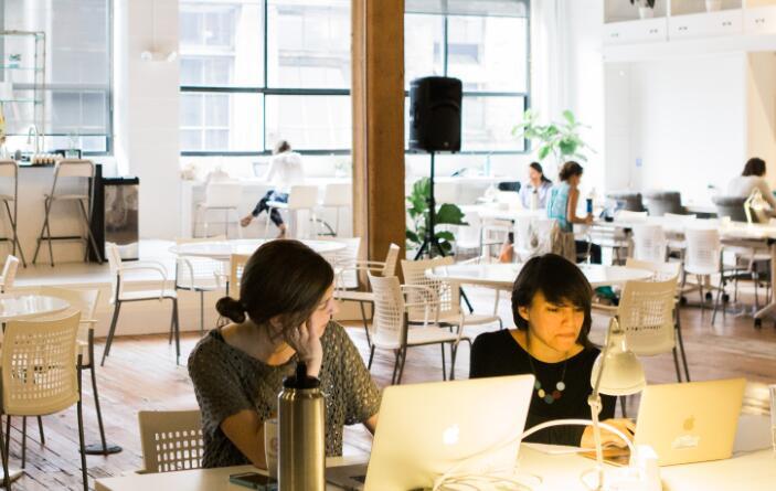 Badass千禧一代女性正在加速创业投资