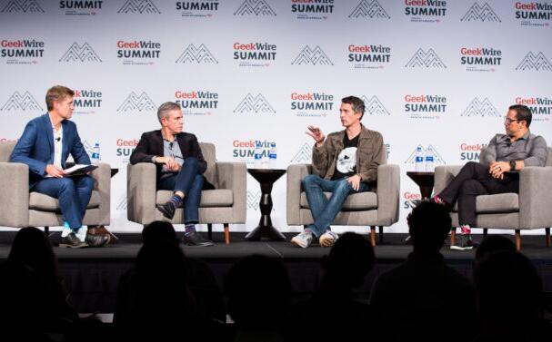 数十亿美元的创业创始人分享有关如何组建团队建立价值扩展规模等方面的建议