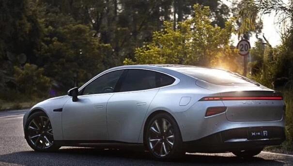 中国电动汽车初创公司小鹏汽车筹集了4亿美元以小米为战略投资者