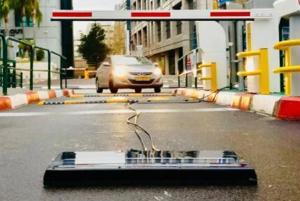 全球提供的随行车辆威胁检测