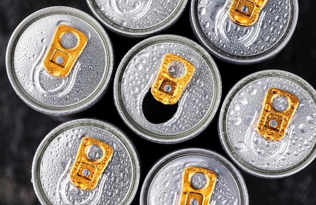 怪物饮料不会因为可口可乐而失去太多睡眠