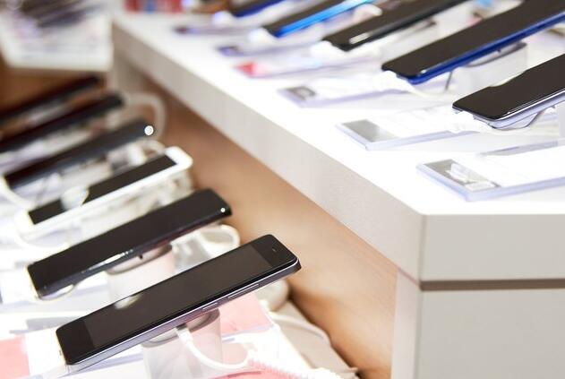 如何在这个假期里给便宜的智能手机打分