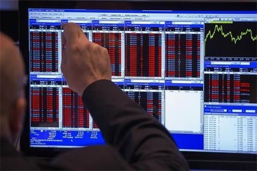 亚洲股市坚挺石油产量进一步削减后 油价逼近两个月高点