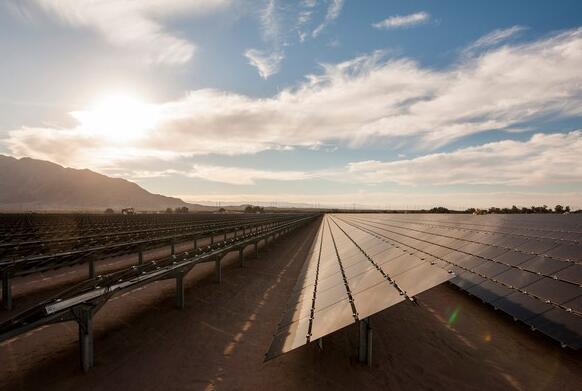 现在是First Solar开始支付股息的时候了