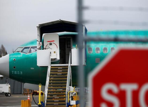 波音737危机随着二十年来首次停产而加剧