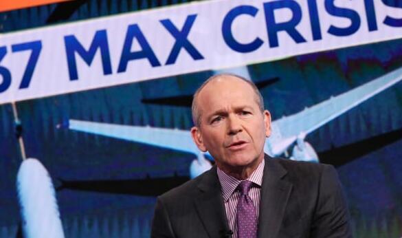 波音公司解雇首席执行官丹尼斯穆伦堡因为该公司正努力应对737 Max危机