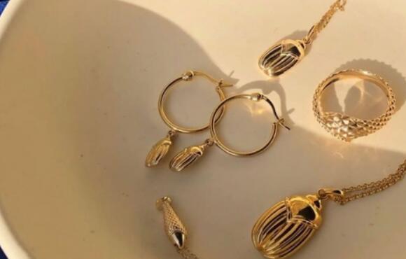 加拿大高级珠宝品牌MEJURI计划进行首次公开募股