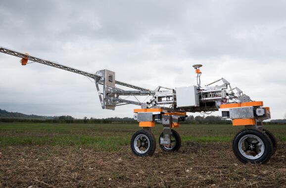 英国的小型机器人公司股权众筹为其Precision Ag机器人提供资金