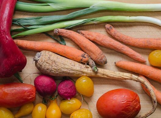 为什么联合天然食品公司的股价今天暴跌10%