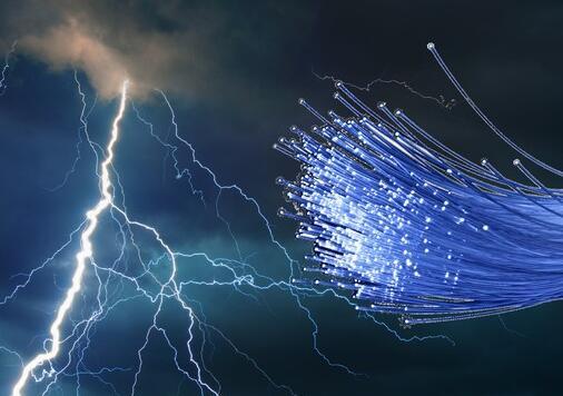 为什么某些光网络股票上个月下跌