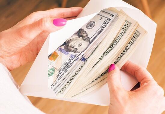 62%的美国人犯了重大的金钱错误