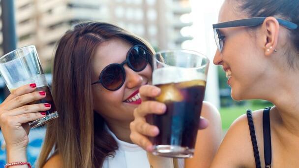 百事可乐的收入显示出强劲的零食需求