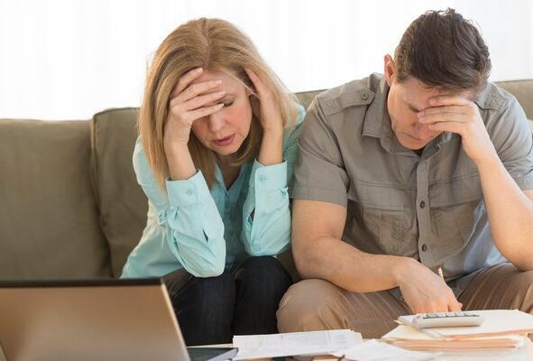 遵循这个过时的退休规则可能会破坏您的黄金岁月