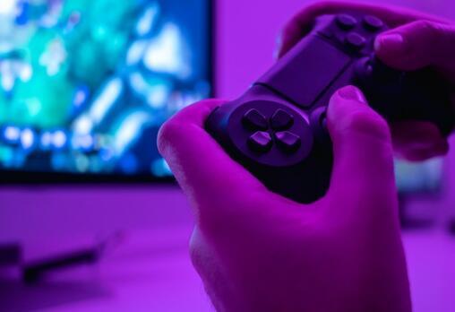 电子游戏利基零售商正在寻找数字发行时代的新对象