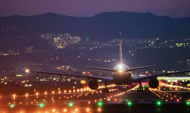 二月份国内航空公司的股票下跌