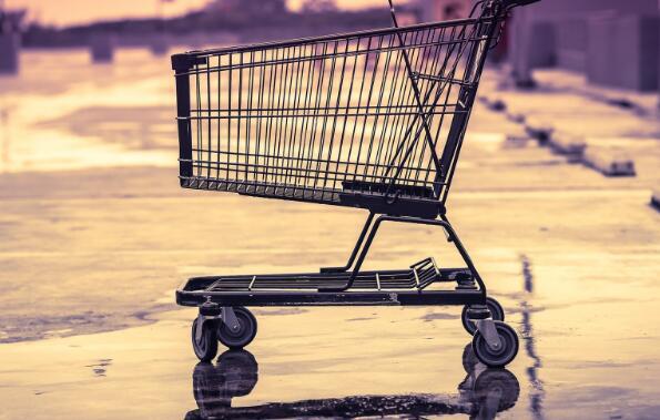 大型购物中心已经在电子商务的压力下面临着更加严峻的威胁