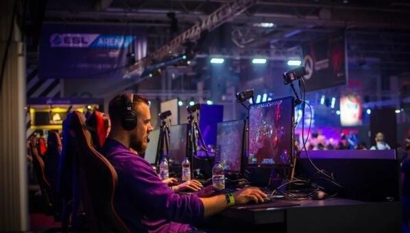 休斯顿电子竞技创业公司与大型游戏品牌建立合作伙伴关系