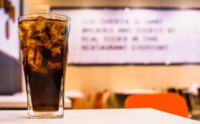 百事可乐发布新的香草和樱桃味