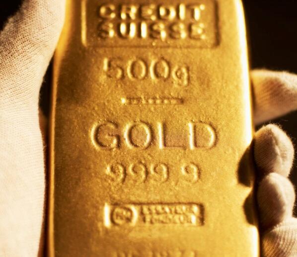 随着市场进一步崩溃黄金股飞涨