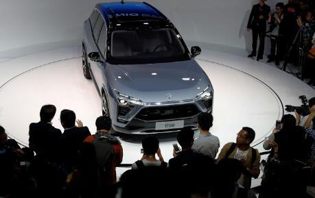 中国电动汽车制造商蔚来面临现金紧缩