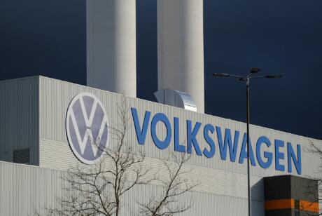 大众汽车强大的劳资委员会建议从周五起停产