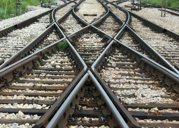 经济衰退会削减铁路的利润并损害其供应商