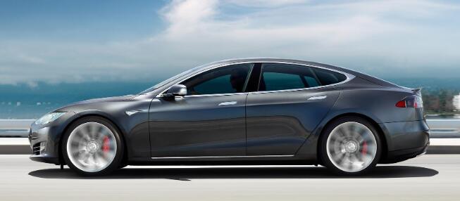 全电动汽车制造商不能幸免于当今汽车行业面临的风险